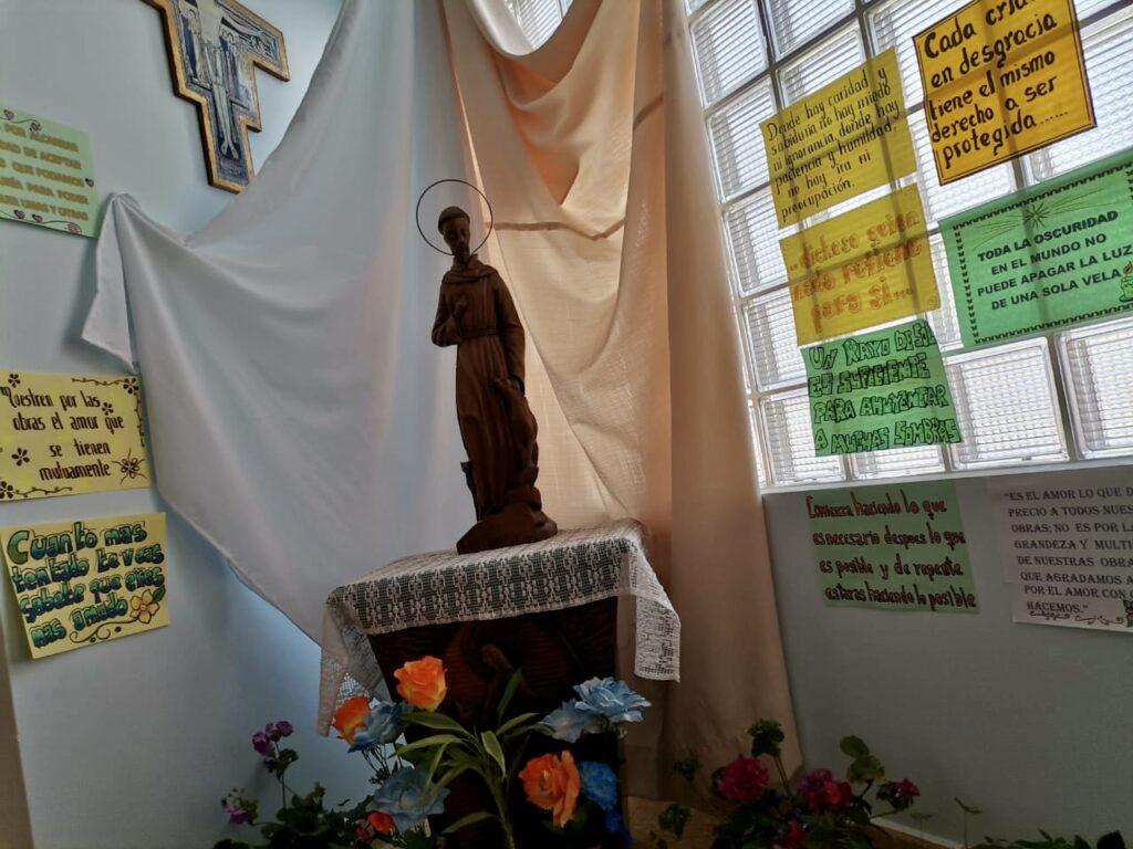 Celebración del día de San Francisco de Asís en El Alto y la Paz (Bolivia)